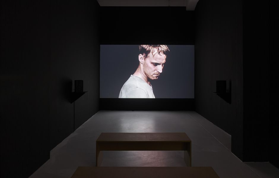 Thomas Taube, OCCIDENT, 2020, Installation with film and sound (30:47'), Dimensions variable, Courtesy the artist and R E I T E R   Berlin | Leipzig, Installation view, 2020, KAI 10 | ARTHENA FOUNDATION, Photo: Achim Kukulies, Düsseldorf