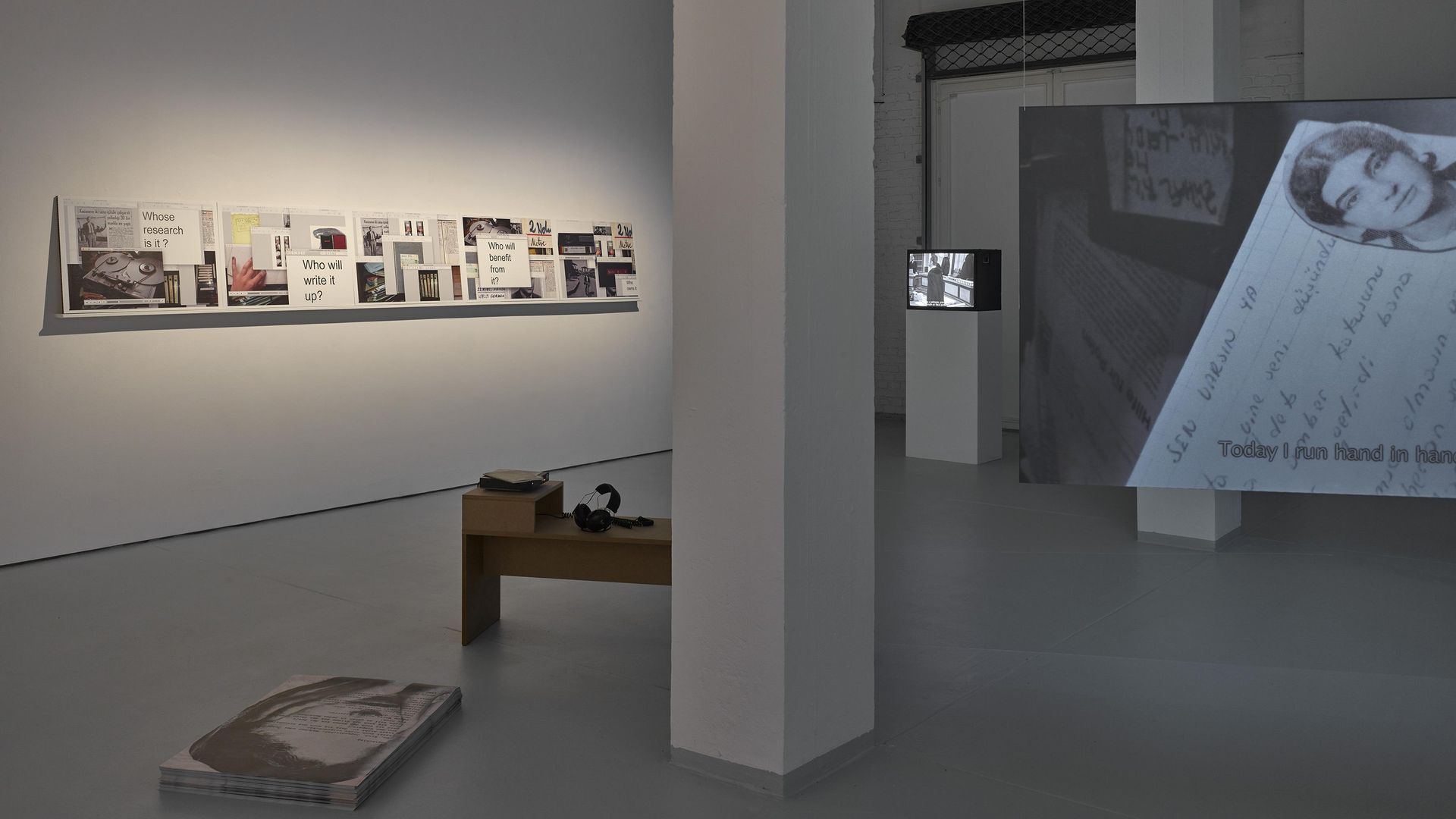 Cana Bilir-Meier, installation view ars viva 2019, KAI 10 | ARTHENA FOUNDATION, photo: Achim Kukulies, Düsseldorf, Courtesy the artist