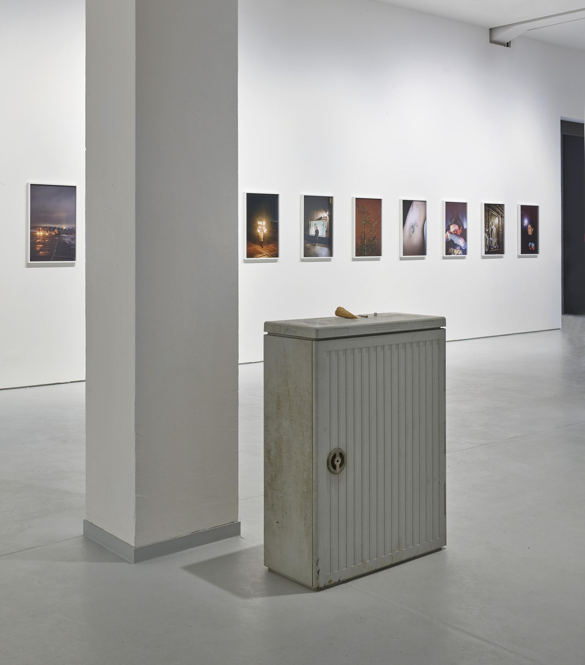 FORT, Tobias Zielony, Installation view, 2019 KAI 10 | ARTHENA FOUNDATION, Photo: Achim Kukulies